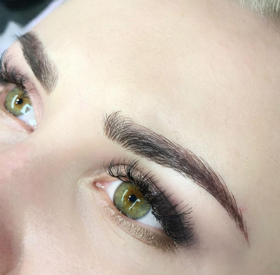 microbladed brows.jpg