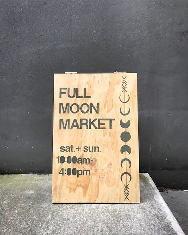 I don't know about you, but I'm already looking forward to this weekend... 🖤 See you at @stumptowncoffee this Saturday + Sunday // April 20 + 21 // for the @fullmoonmarket.seattle! 10am — 4pm each day. I'll bring my jewels! ✨💎✨