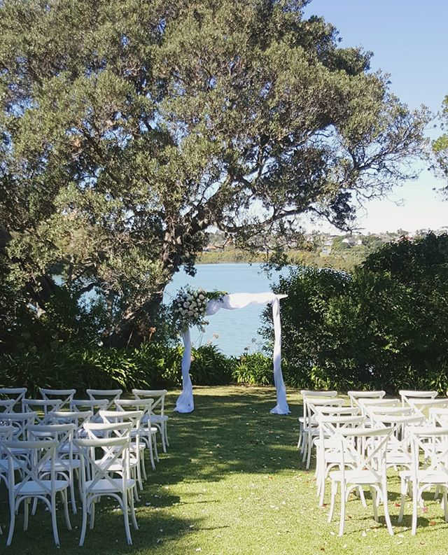 Ready for the I dos #perfectsetting @orakeibaynz Flowers by @thewildbunchflorist