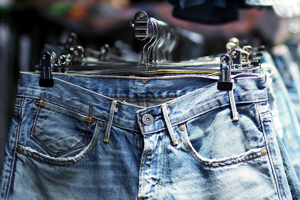國外也興起牛仔褲租賃服務