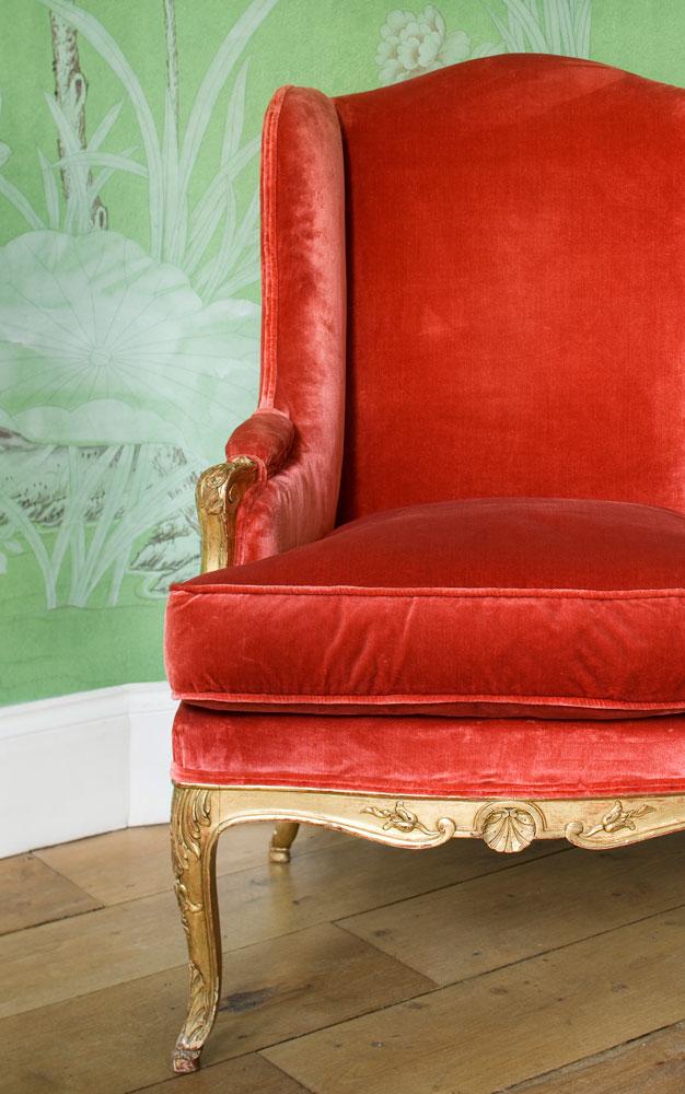 Bergère Louis XV, velours de soie et bois doré