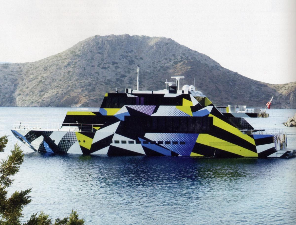 Guilty, lo yacht pop art (Ph. www.artribune.com )
