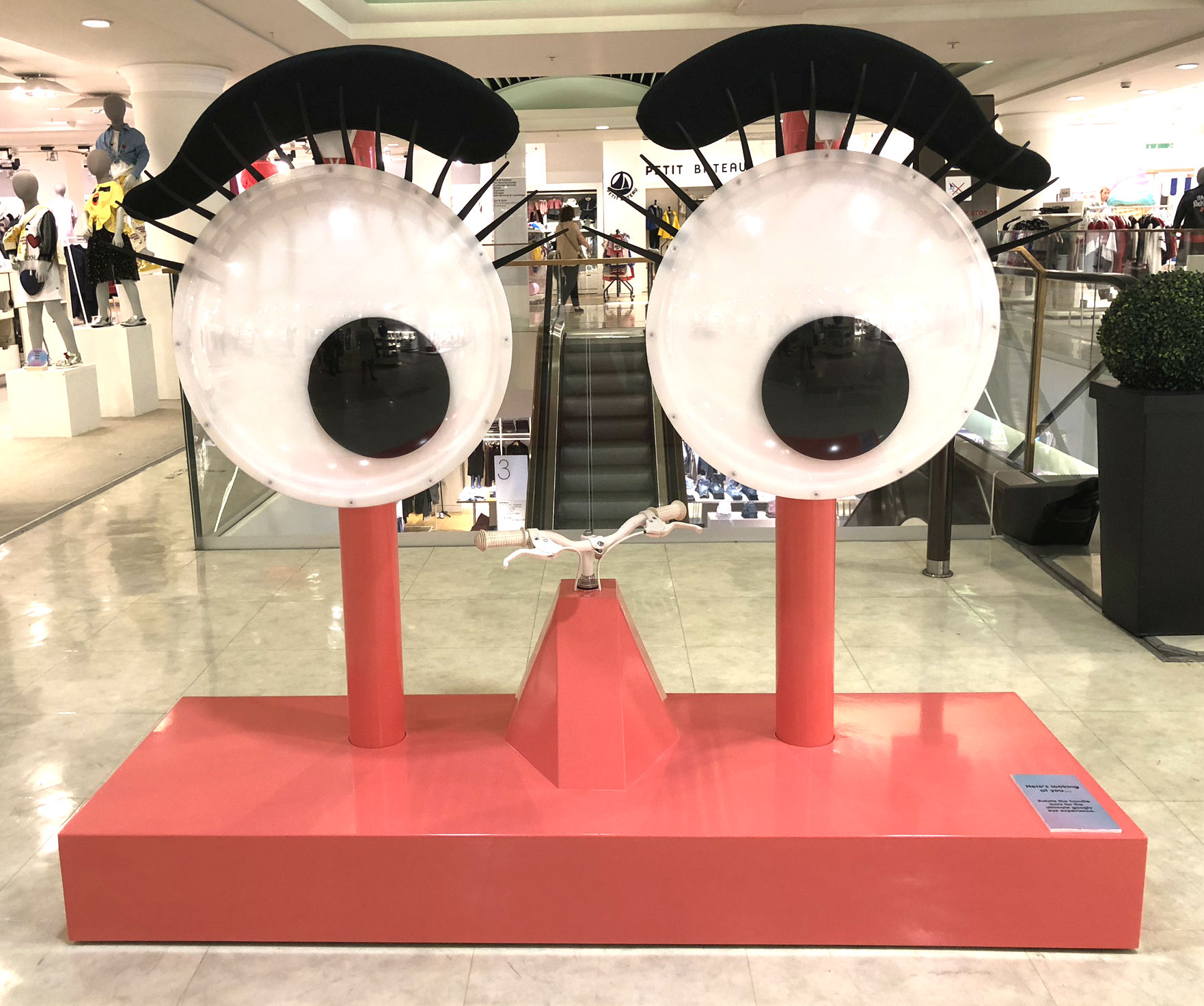 Eye See Dame Edna