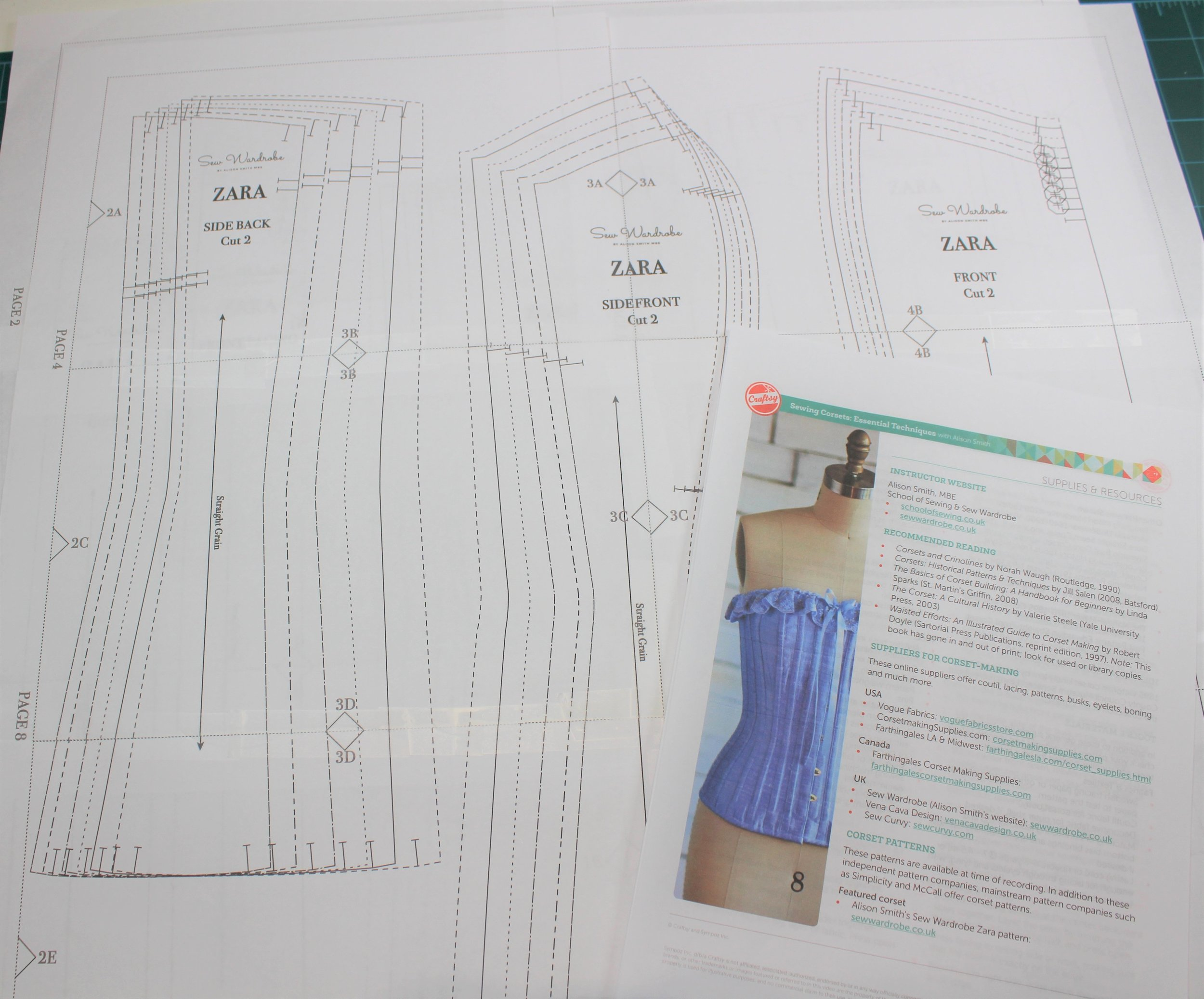 - Sewing Corsets - Essential TechniquesAlison Smith