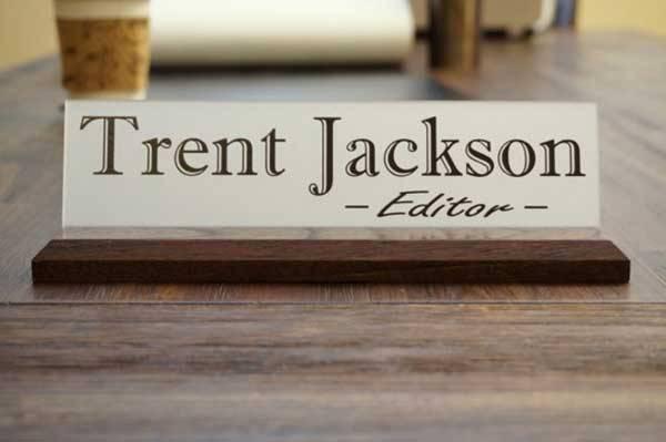 desk-nameplate-ideas-3.jpg