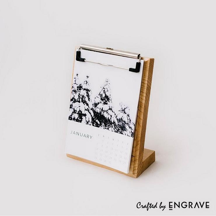 EAM18WC002-Wooden-Desk-Clipboard-Calendar.jpg