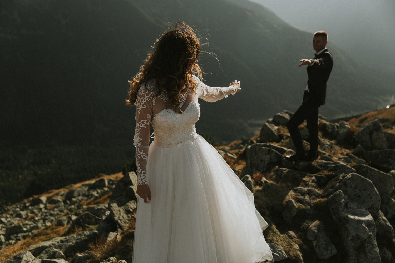 mountains_Klaudia&Dawid_weddingphotographer037.jpg