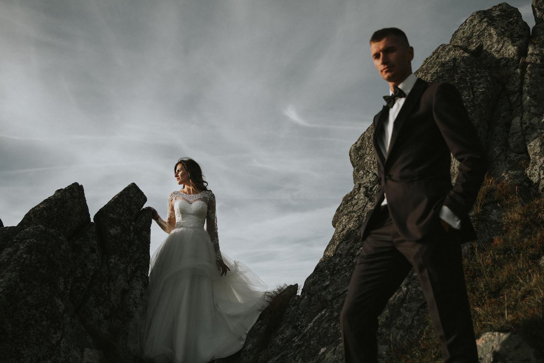 mountains_Klaudia&Dawid_weddingphotographer045.jpg