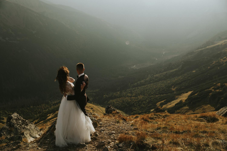 mountains_Klaudia&Dawid_weddingphotographer064.jpg