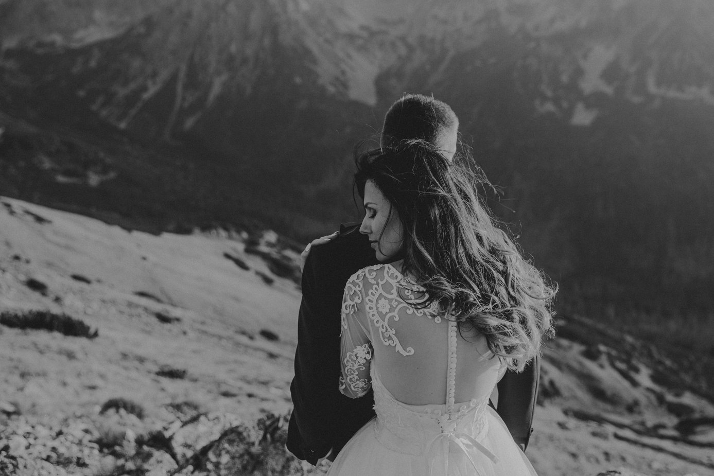mountains_Klaudia&Dawid_weddingphotographer071.jpg