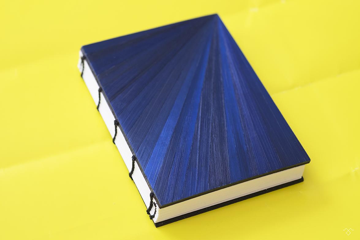 Rinck-Manufacture-carnet-marqueterie-paille-jaune-bleu.jpg