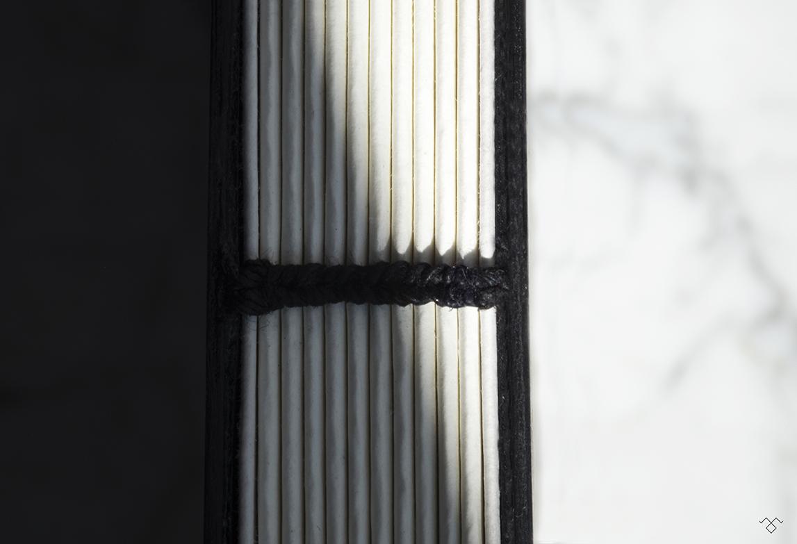 Rinck-Manufacture-reliure-marbre-lumiere.jpg