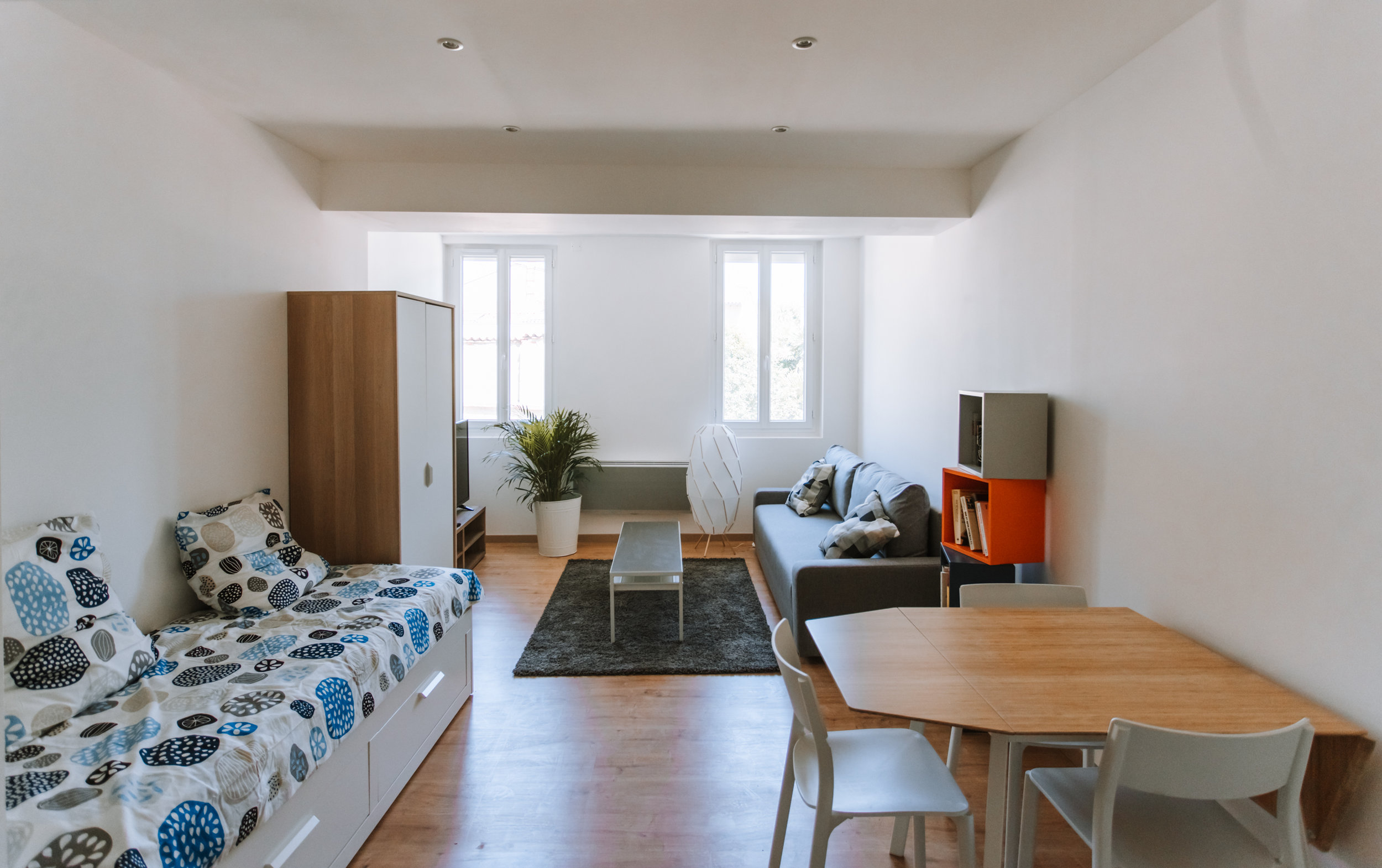 Geoffrey-Lucas-comissions-rent-home-toulouse-3.jpg
