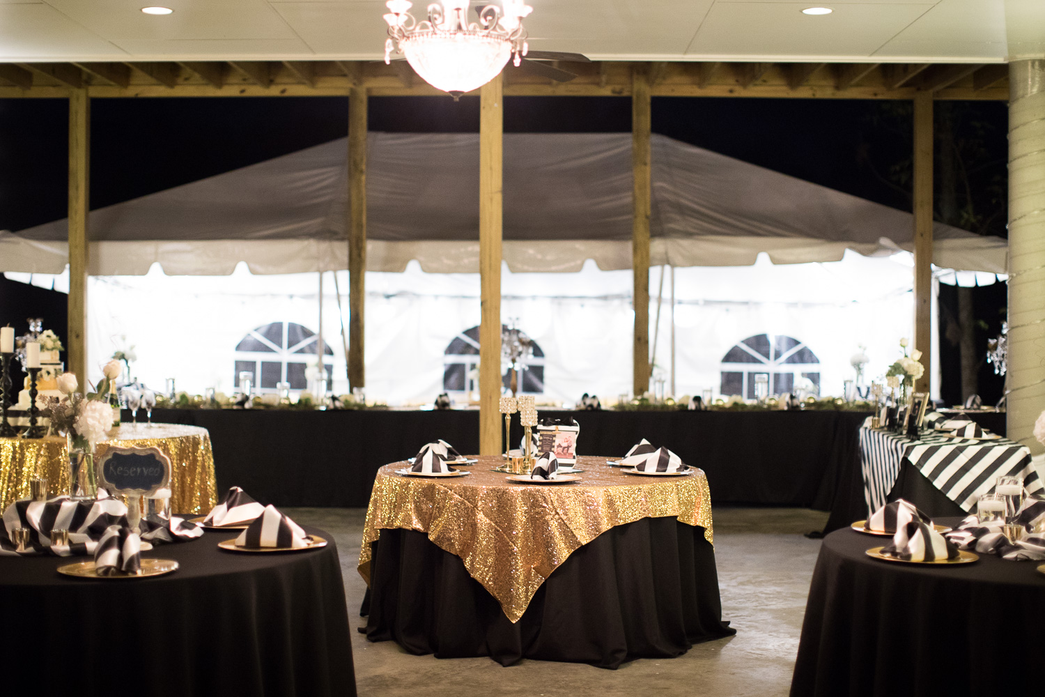 The bold beauty of Juliana's black, white and gold color scheme really sparkled after dark!
