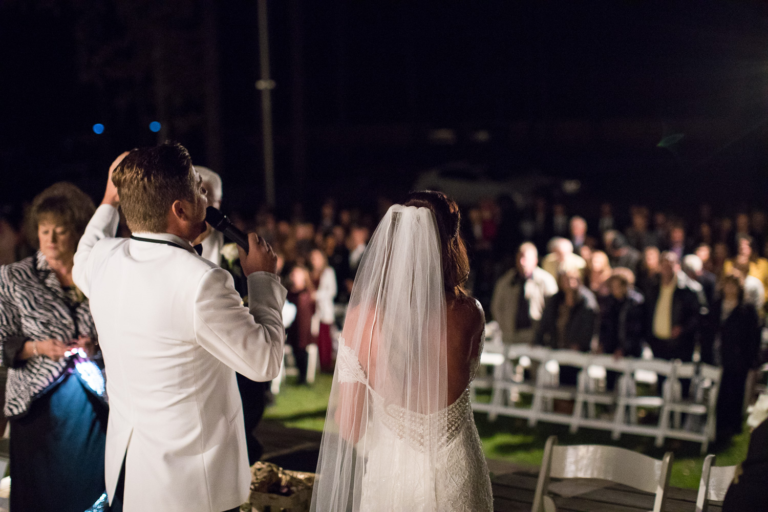 Michael and Juliana led their guests in worship as part of their ceremony! It was such a beautiful moment!