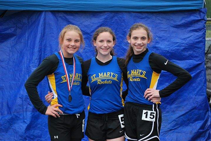 (L-R) Sarah McCorkle, Ava Harrington, Lily Keepes