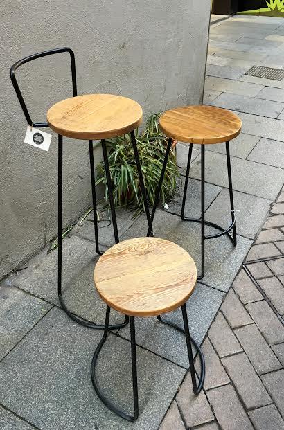 Taburetes hierro y asiento madera - Se hace a medida