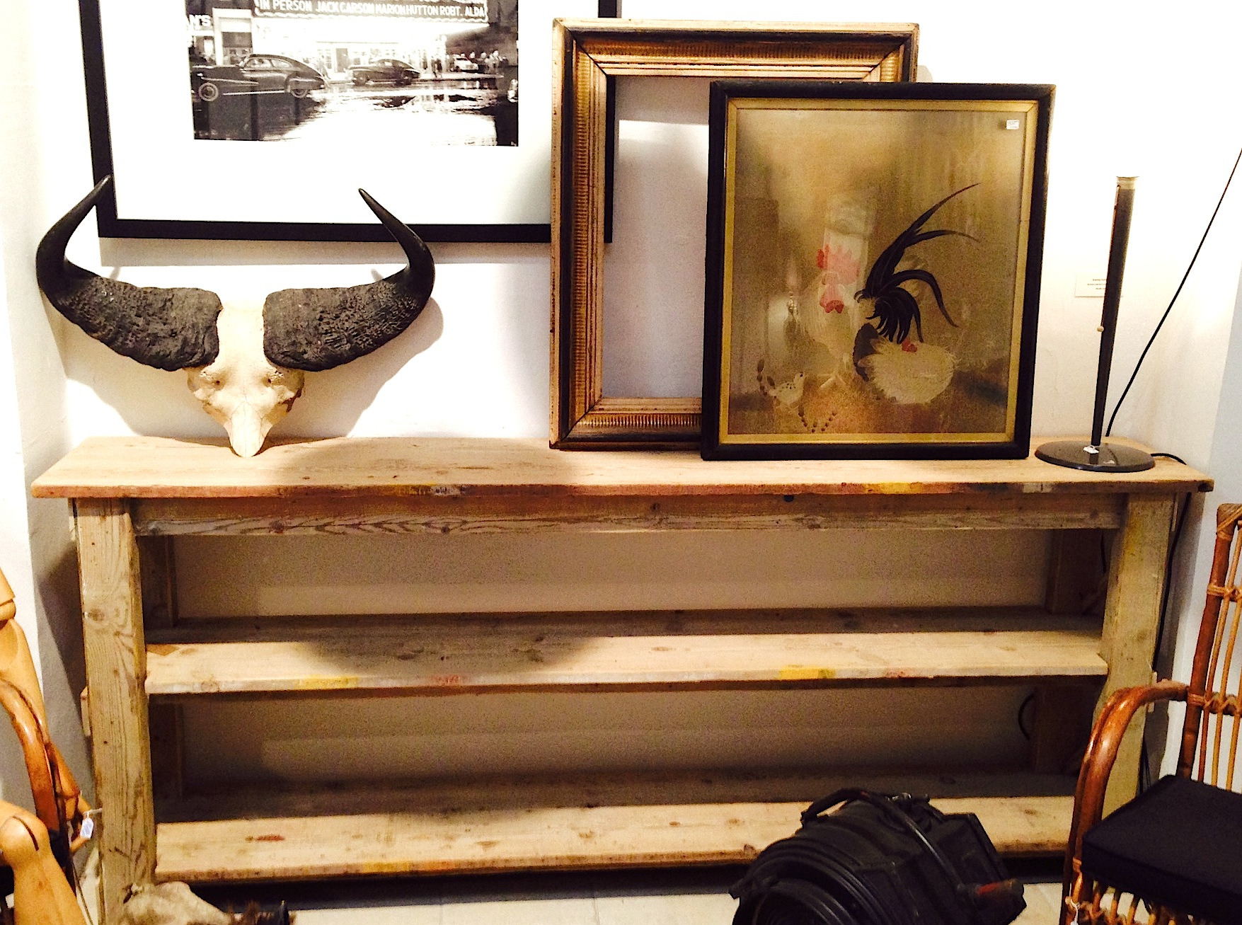 Mesa mostrador con estantes de madera antigua - Se hace a medida