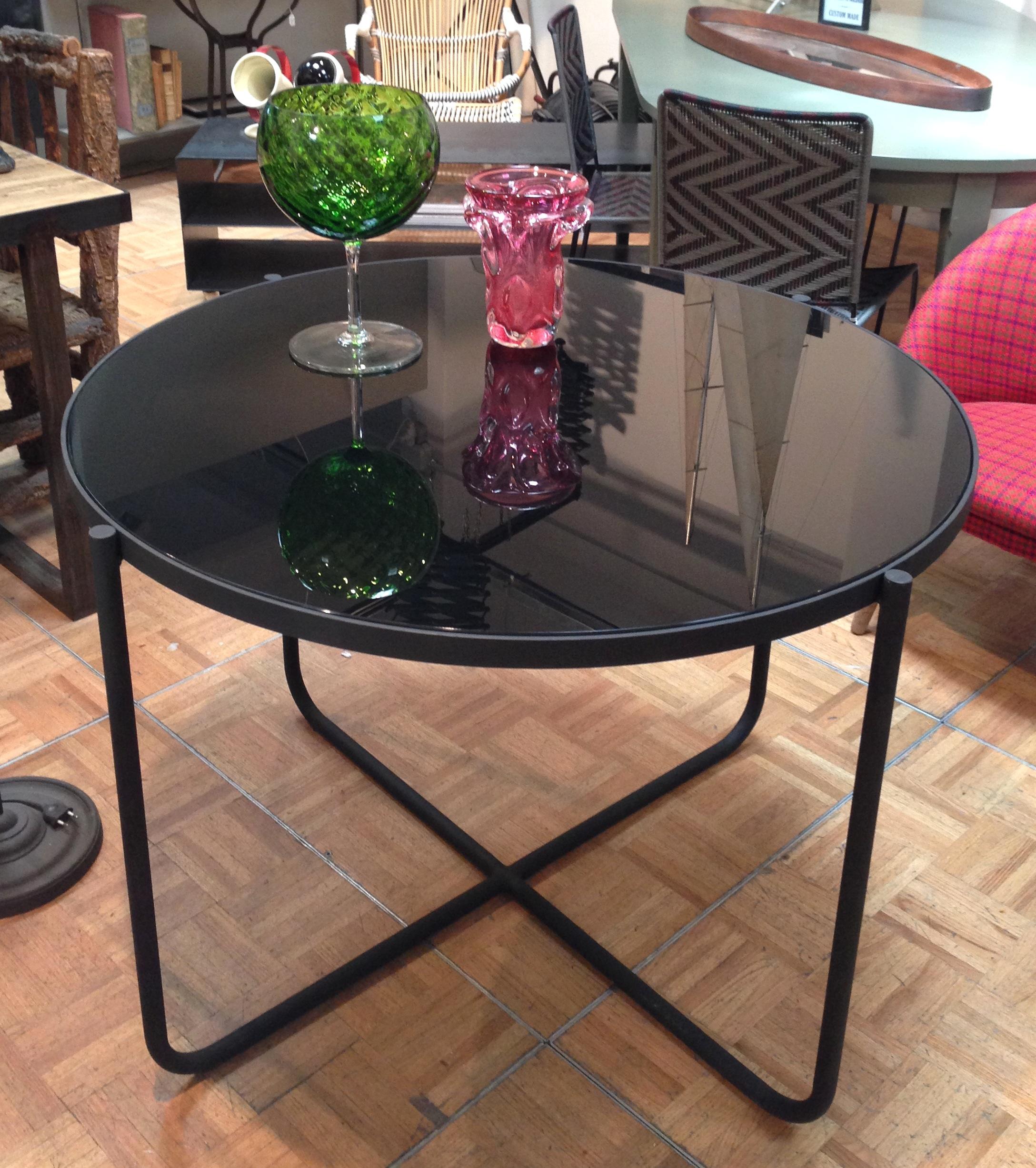 Mesa en hierro y cristal negro - Se hace a medida