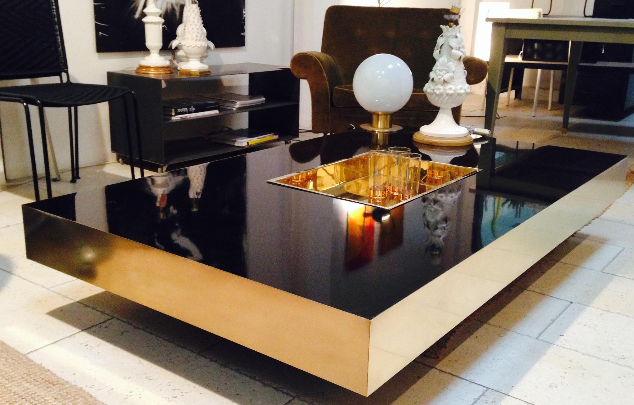 Coffee table en laton y formica negra - Se hace a medida