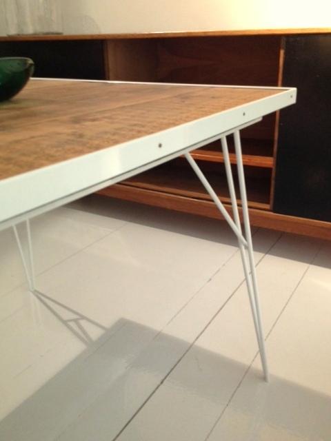 Colección+Lucas+estructura+blanca+con+sobre+de+madera+(1).jpg