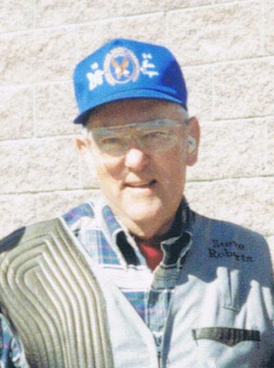 Lt Col Steve Roberts, USAF** - 1996 Inductee