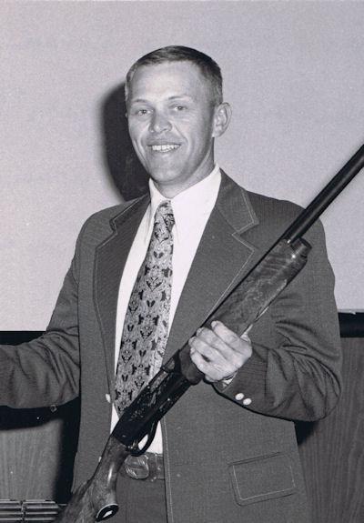 SgtMag Lee H. Marshall, USMC - 2002 Inductee