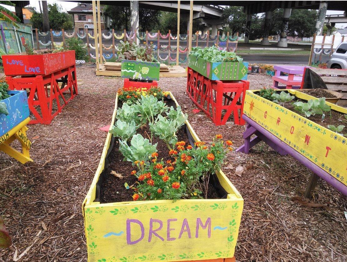 glorias-treme-garden-new-orleans-summer-camp