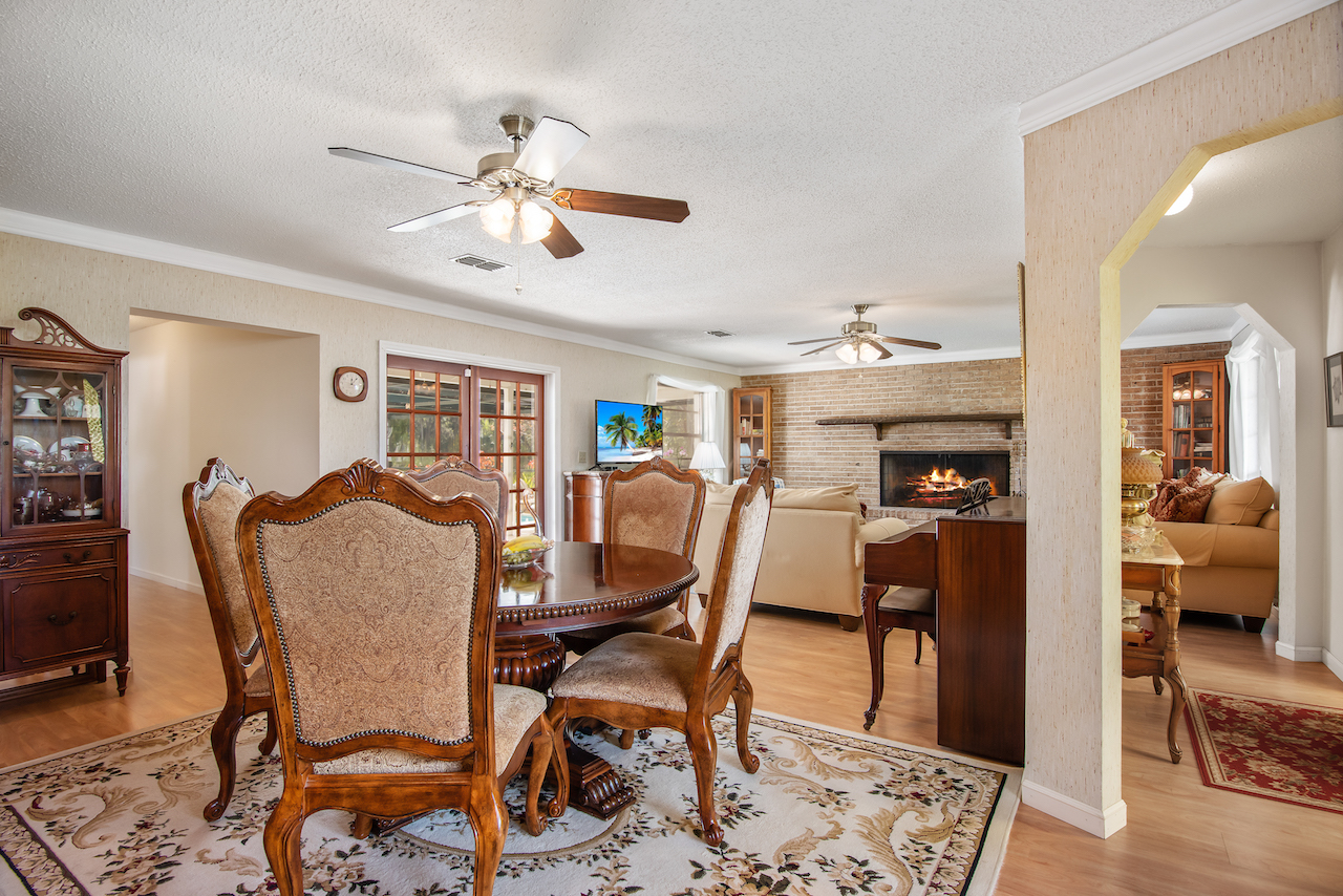 606 Dunbarton Circle NE Palm Bay, Florida. 3 bedroom, 2 bathroom pool home for sale by Brent Burns
