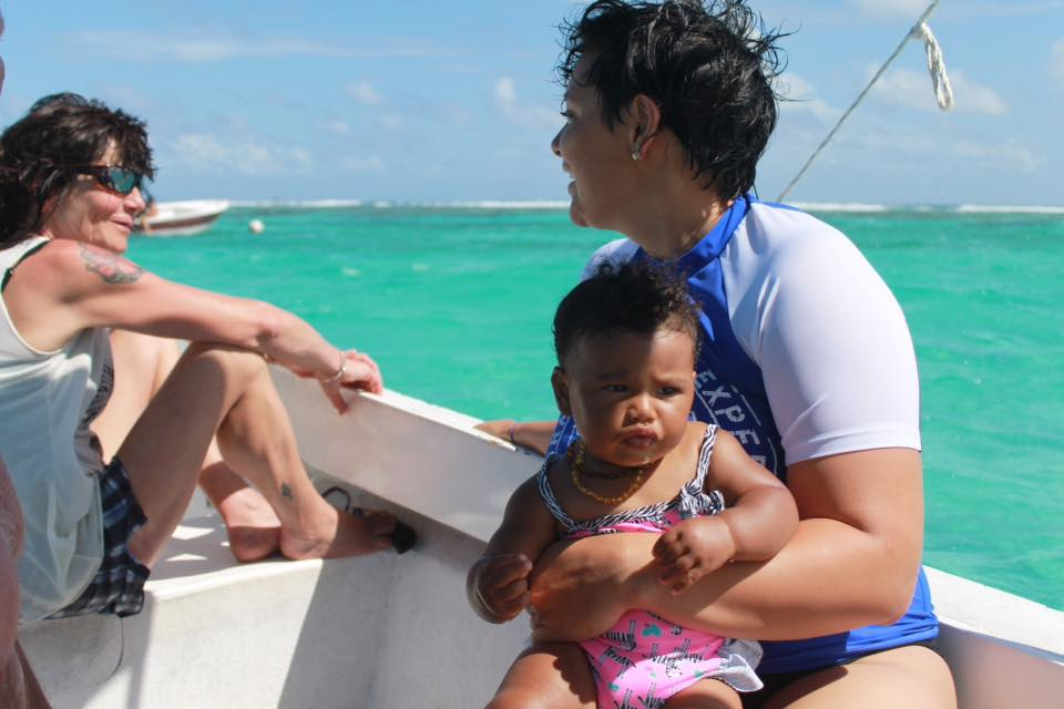 Mecoh & Xaria in Caye Cauker Belize, 2015
