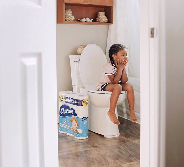 #Ad // where all the best ideas come to light. - Shop Charmin Ultra Soft, the 4-ply toilet paper that is 2x more absorbent, a softness you can't resist! Pamper your family with only the best, link in bio. // #enjoythego #charminultrasoft @charmin #mb_partner #photosbymecoh