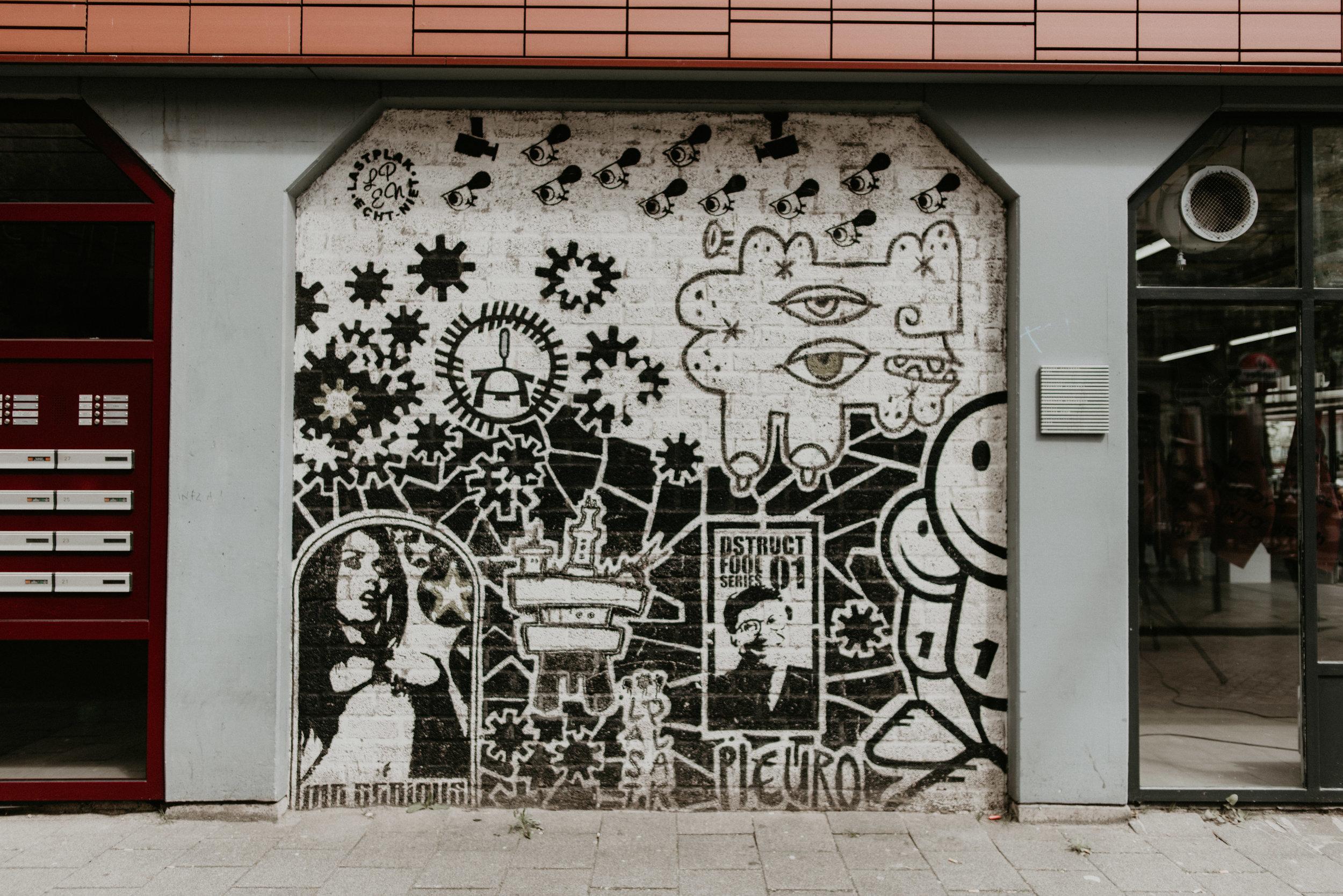 Rotterdam street art on Witte de withstraat