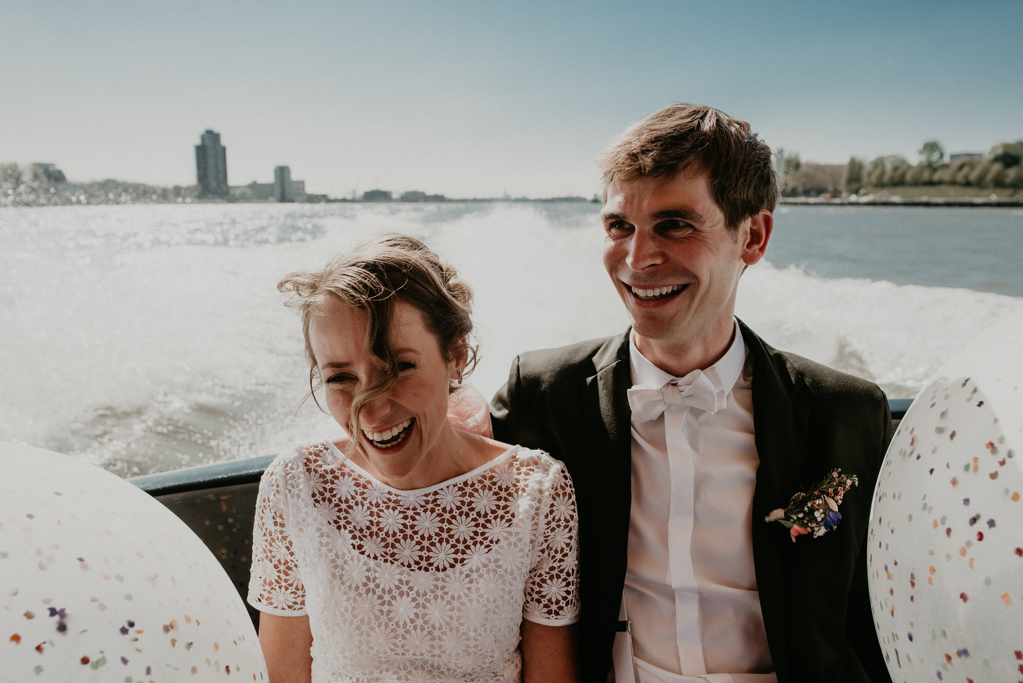 Bride and groom in the rotterdam water taxi