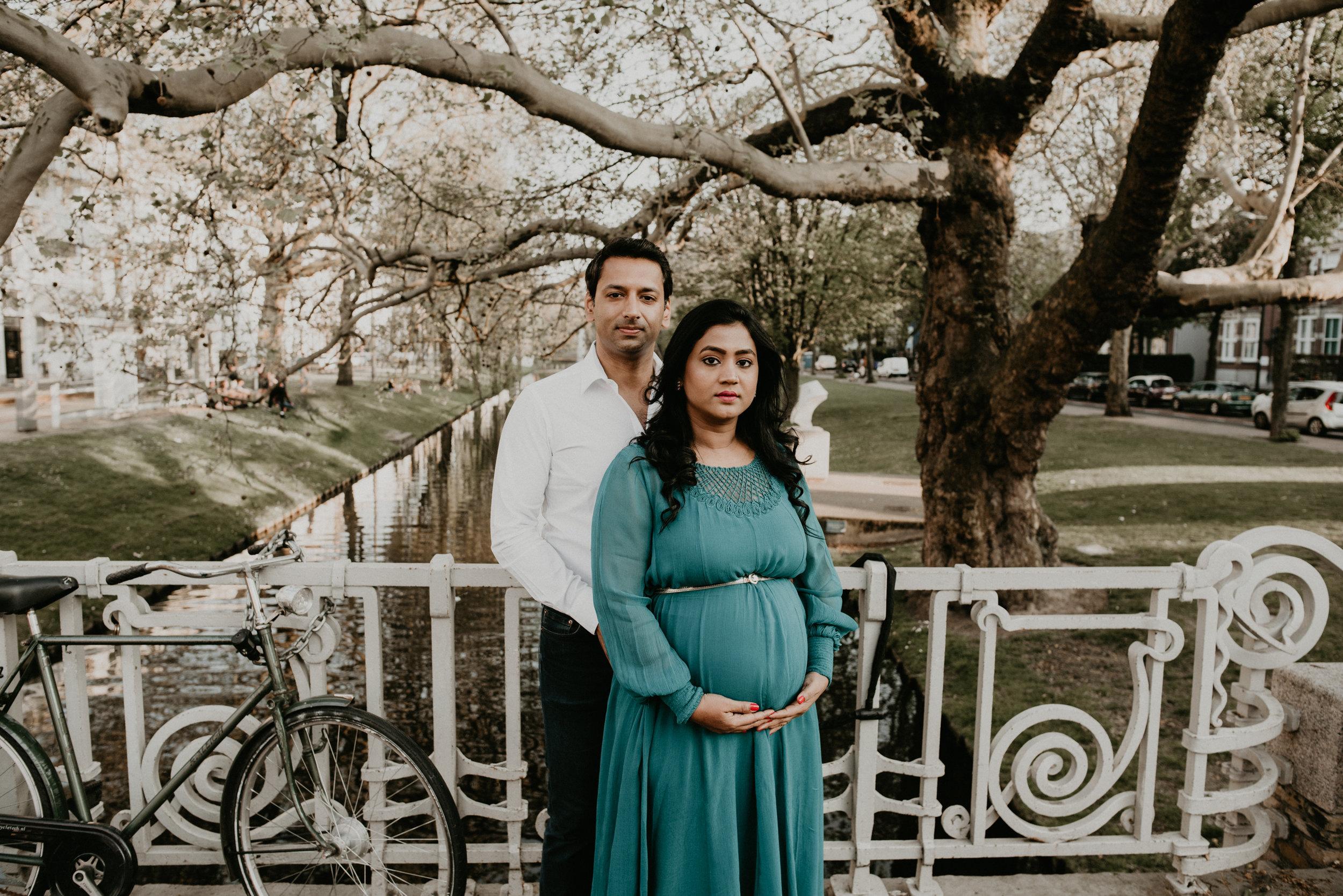 Urban Maternity and Family Photoshoot in Rotterdam