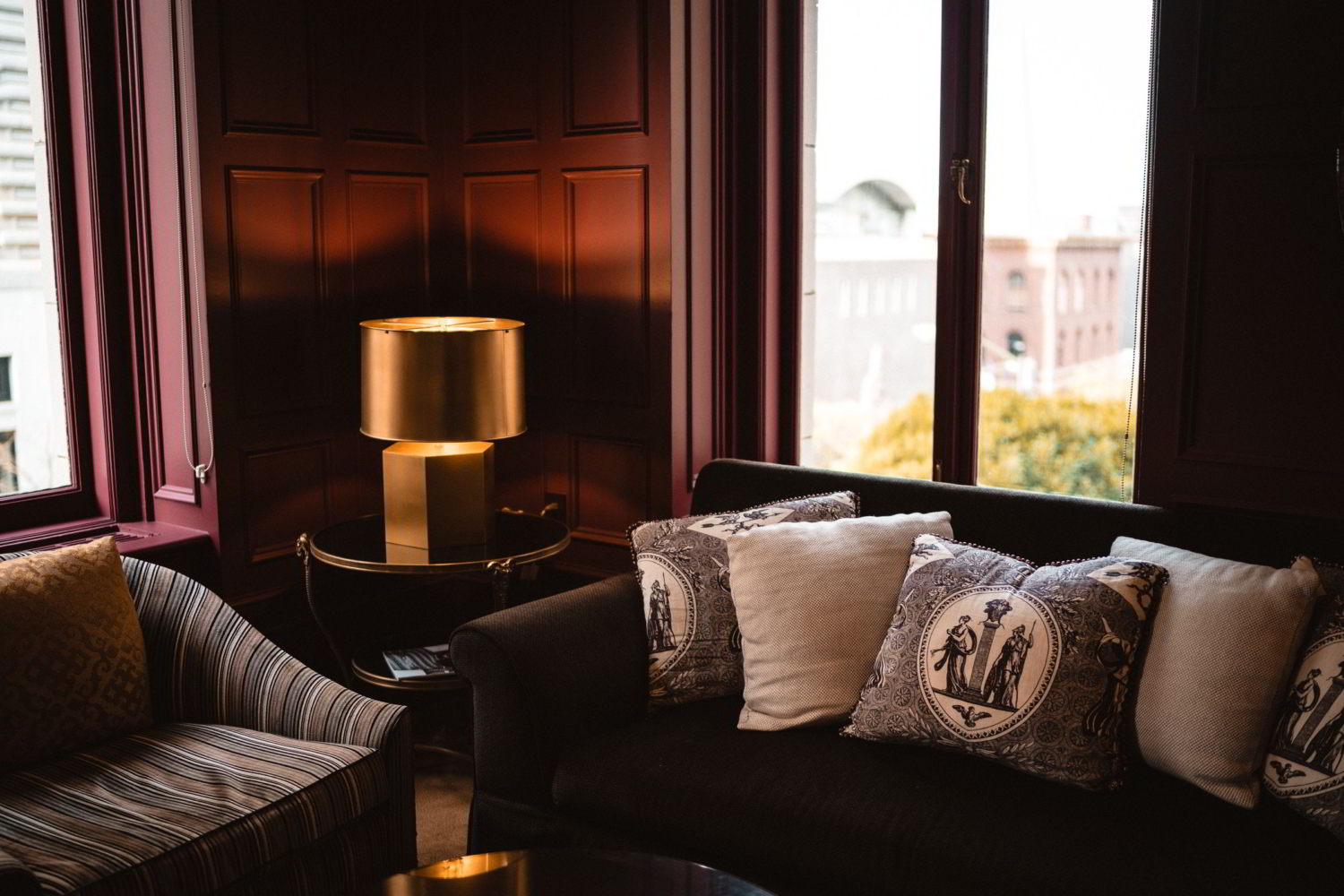 Living Room With Couch | Ashley Murphey LMFT | Mobile Concierge Therapist