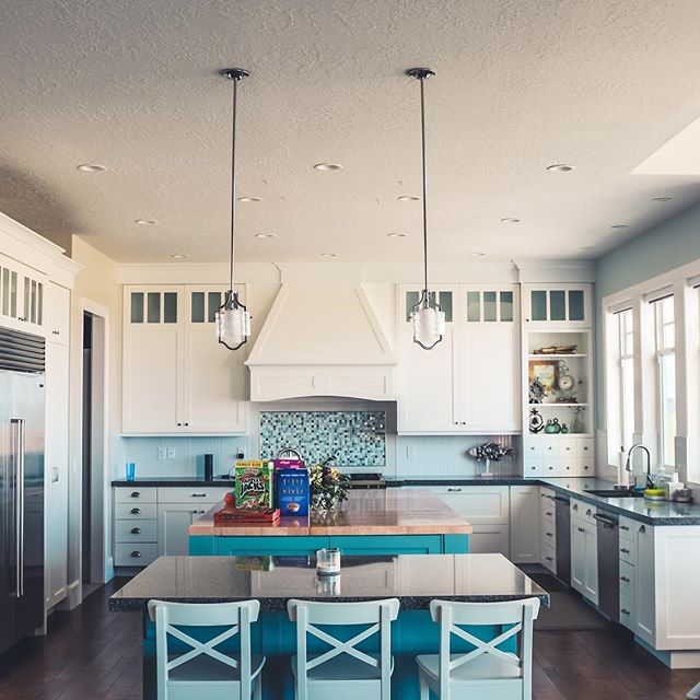 Loving this aqua fresco kitchen 💙💙. Light blue works wonders in kitchens. It's calming, fresh, and pairs well with white or gray accents. ✨ . . . #portlandhomes #portlandrealtor #portlandrealestate #pdxhomes #pdxrealty #portlandoregon #pdxrealestateagent #portland #portlandlifestyle #pnw #oregon #home  #kellerwilliamsrealty #homedecor #livingroom #pnwlife #pnwlifestyle #pnwonderland #realestate  #pacficnorthwest #lifestyle #pdx #forsale #forsaleinportland
