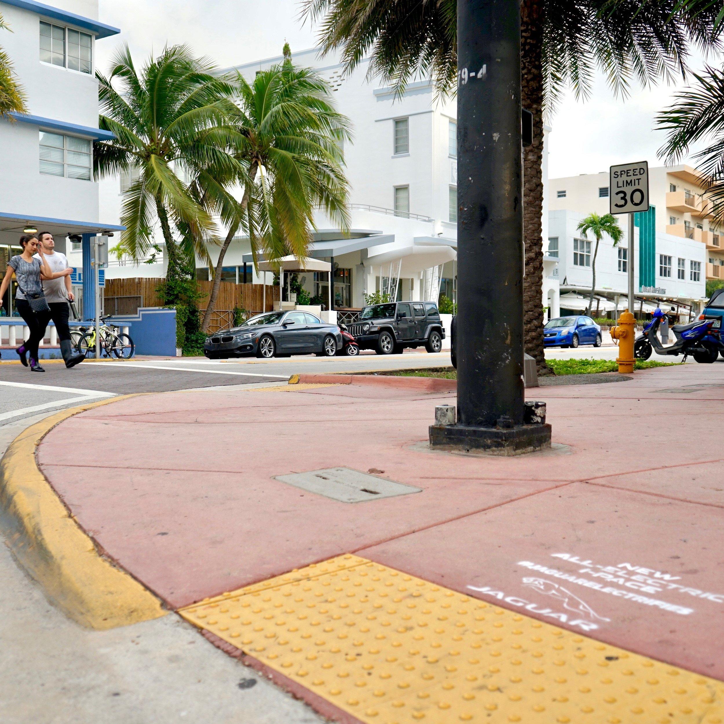 2018_10_7_COM_JaguarStencils_Miami_007.jpg