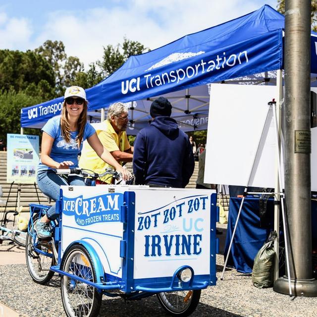 uc-irvine-ice-cream-college-campus-universiy-bike-icicle-tricycles-001.jpg