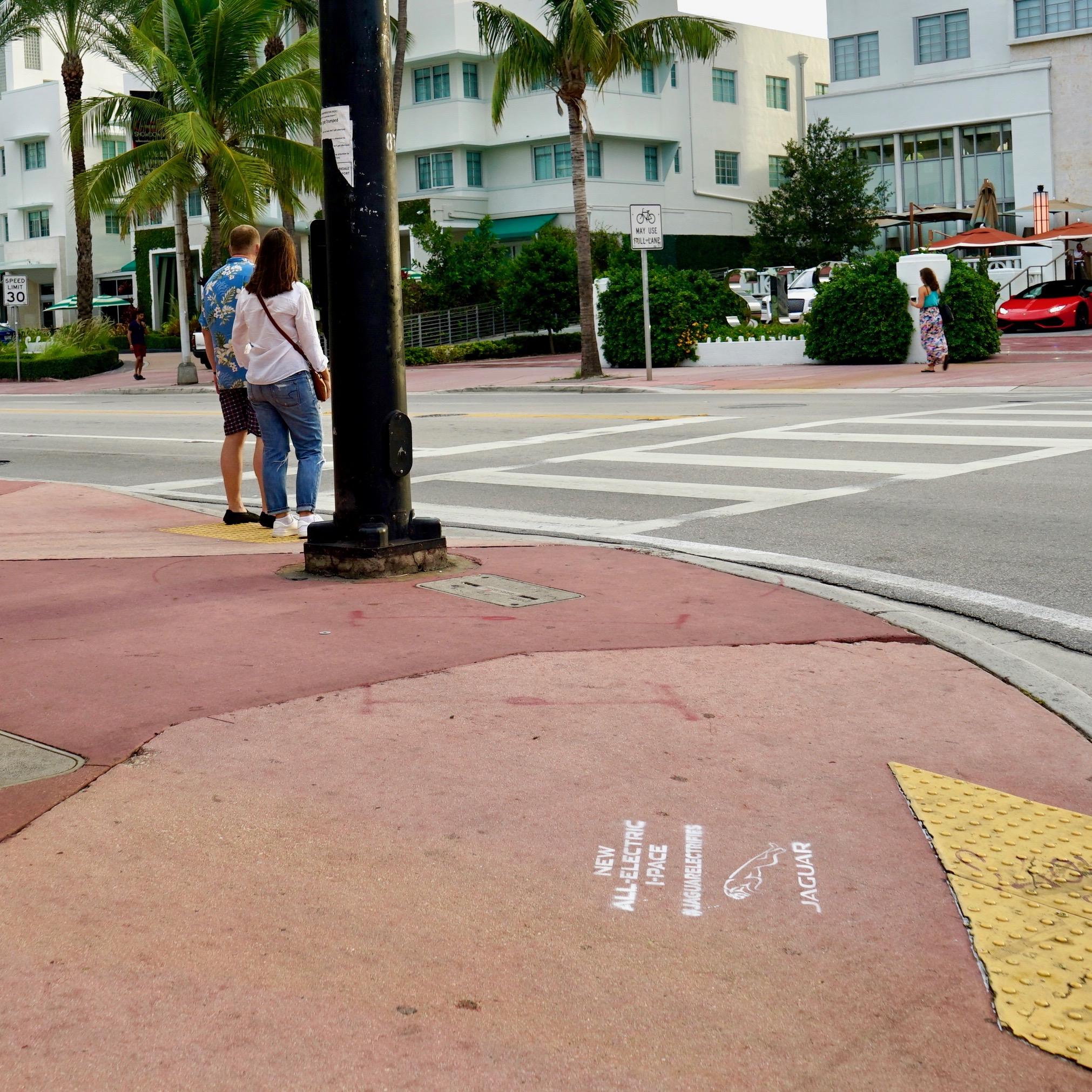 2018_10_7_COM_JaguarStencils_Miami_014.jpg