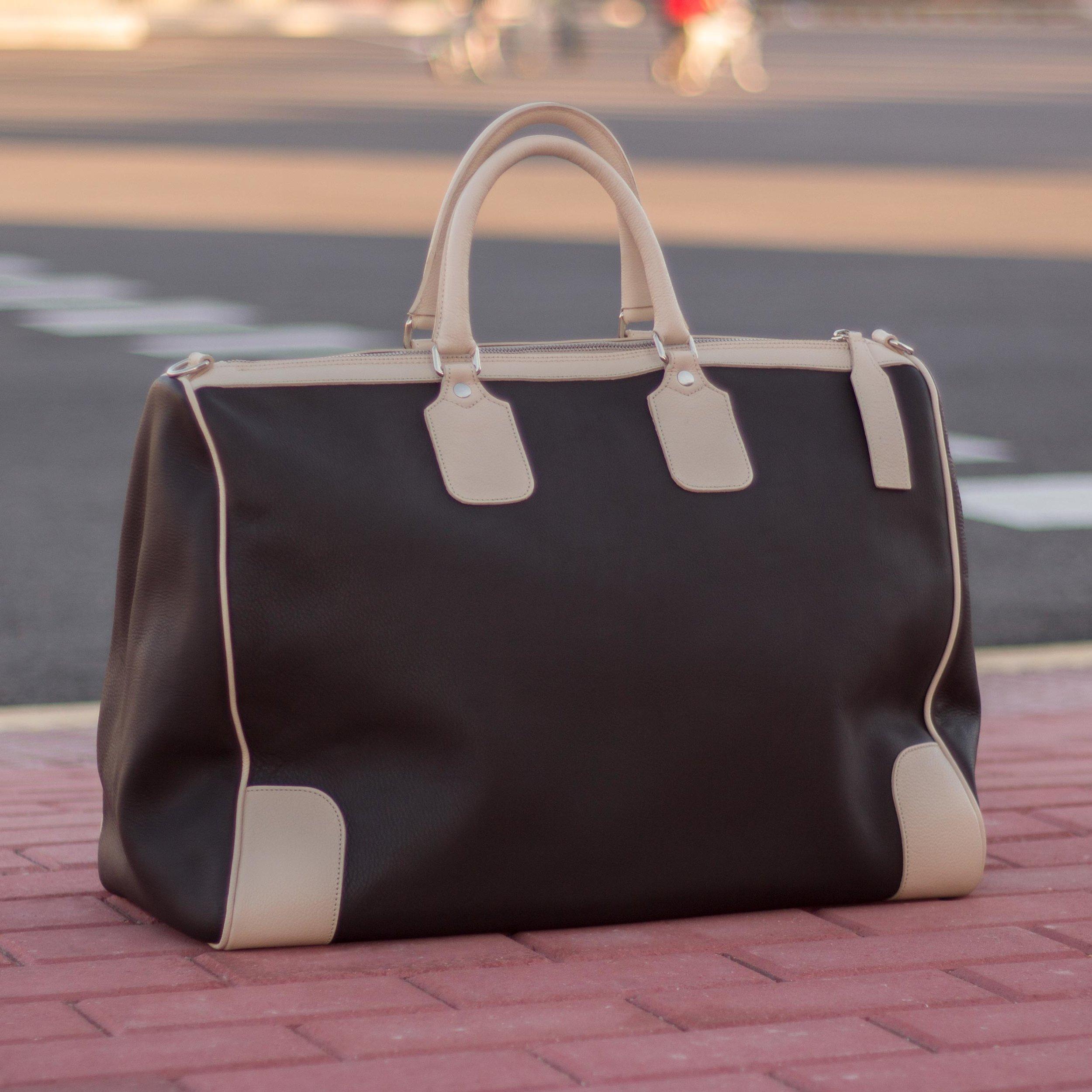 Weekender bag.jpg
