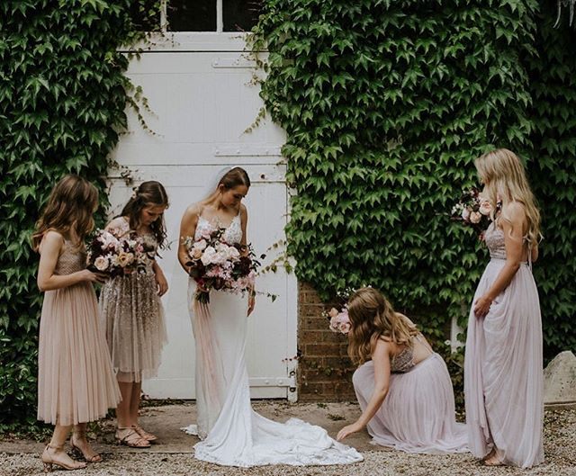 Subtly different dresses deserve subtly different hair styles 💕 Loved styling the hair of this magical bride tribe ✨| 📸 @kellytunney