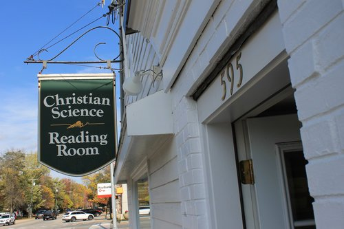 CHRISTIAN SCIENCE READING ROOM - Located at 595 Main Street, Fryeburg, MaineA Christian Science Reading Room is both a bookstore and a quiet place for study and prayer, where everyone is welcome.