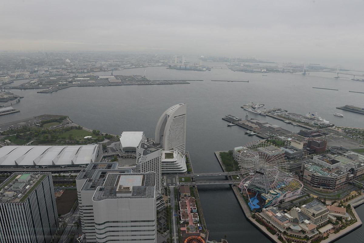 Yokohama_Landmark_Tower_vista.JPG