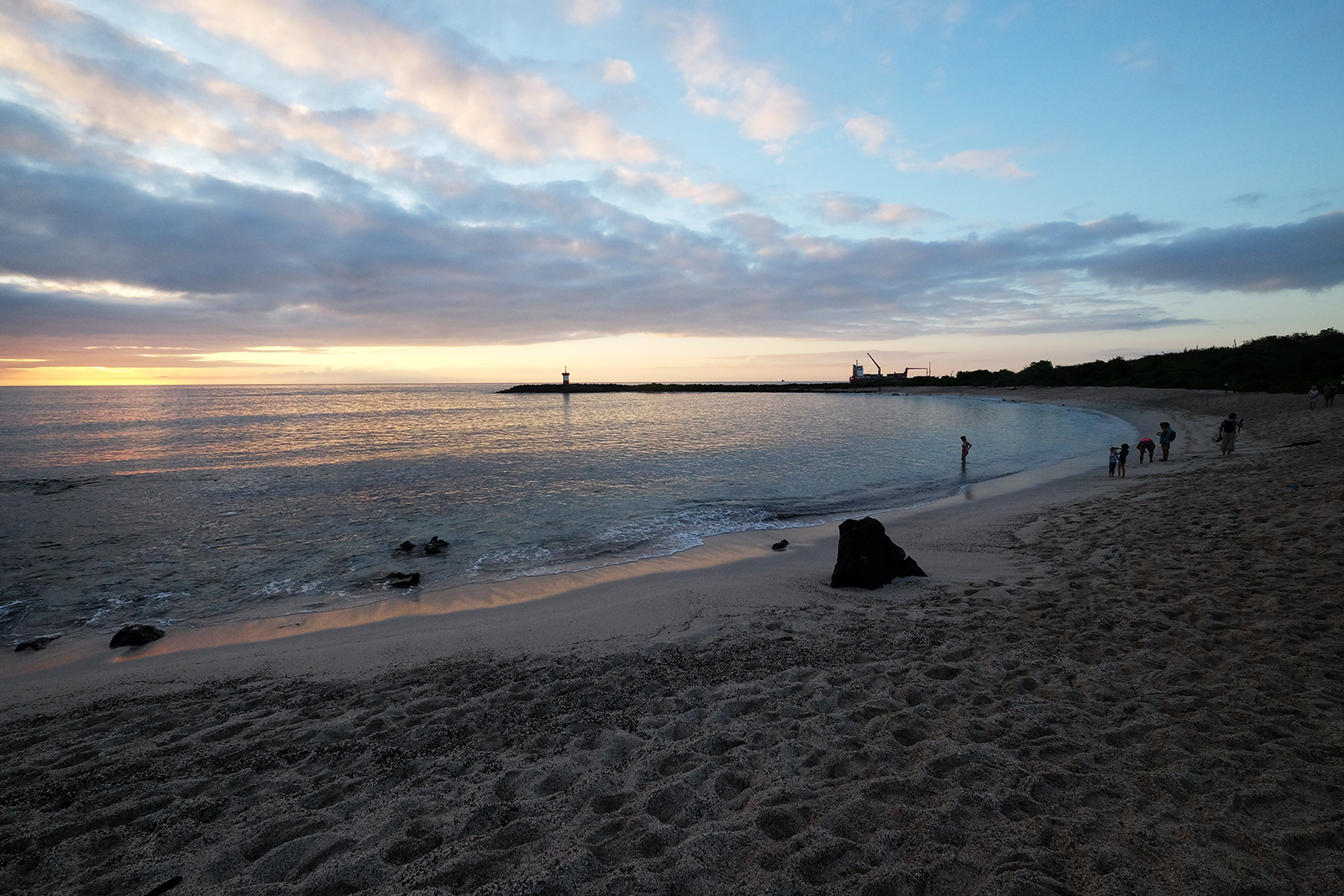 03_San_Cristobal_02_Playa_Punta_Carola.JPG