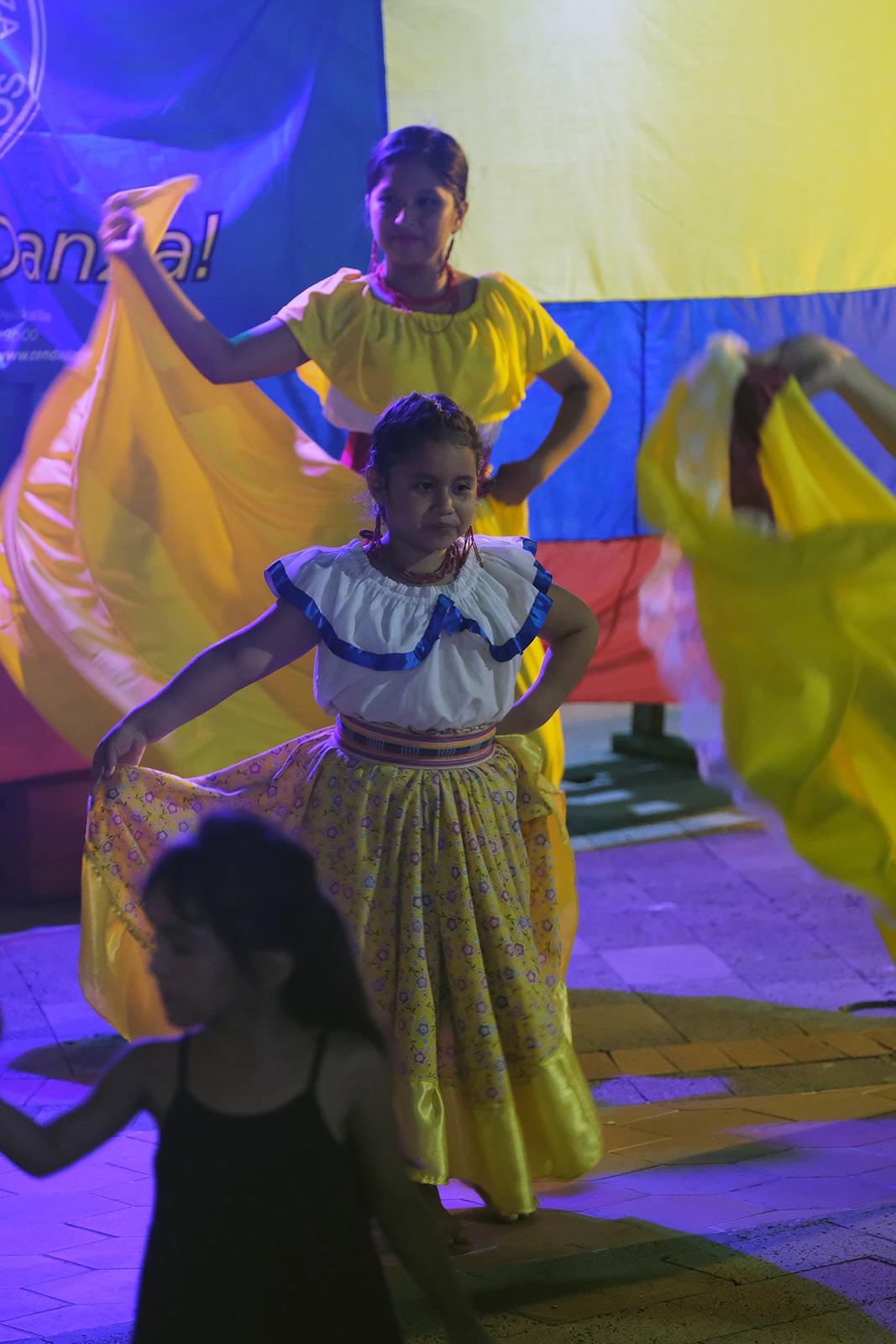 03_Santa_Cruz_festival_danza_05.JPG