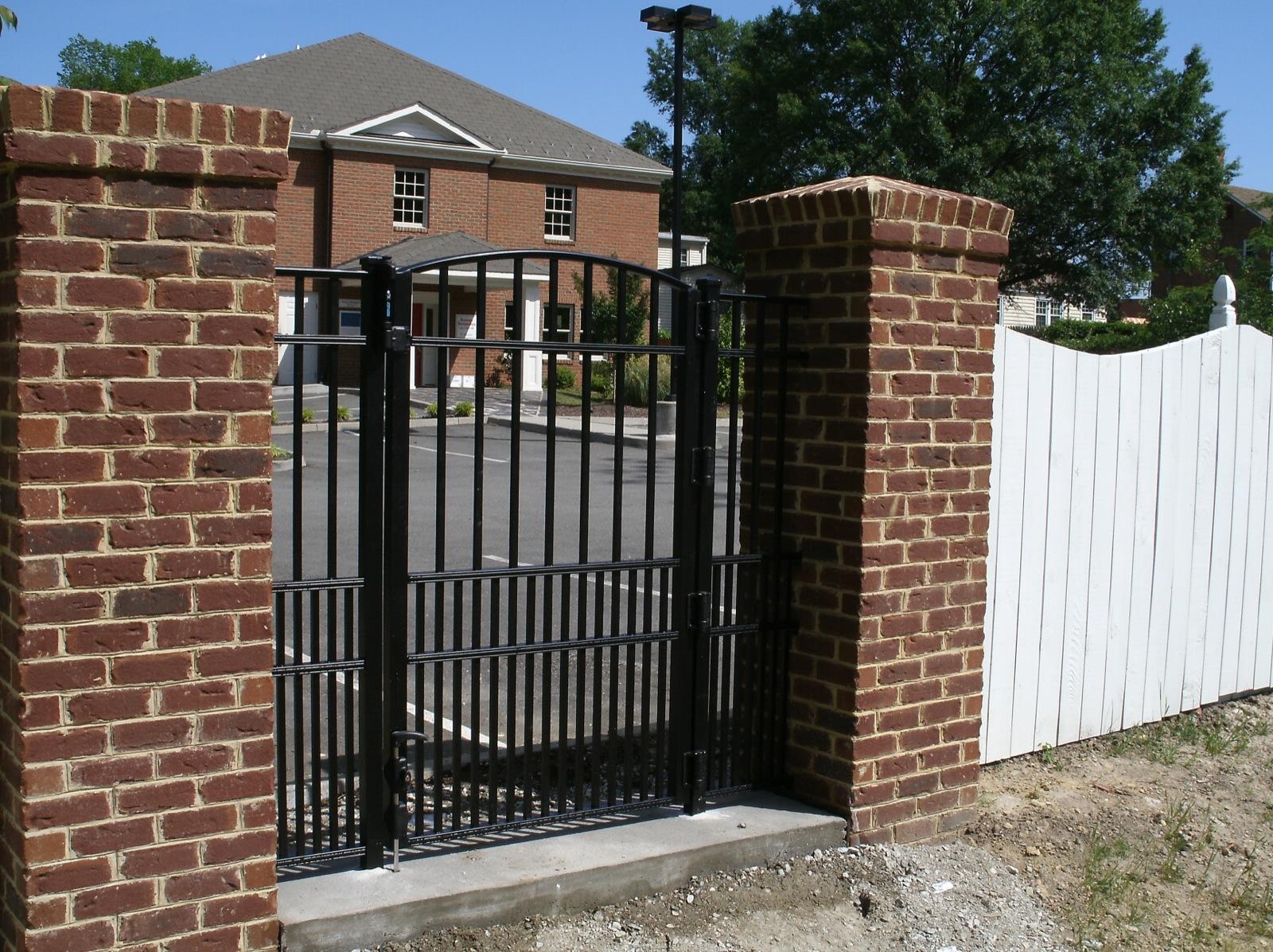 Walk Gates - Small gates typically 3-6' wide