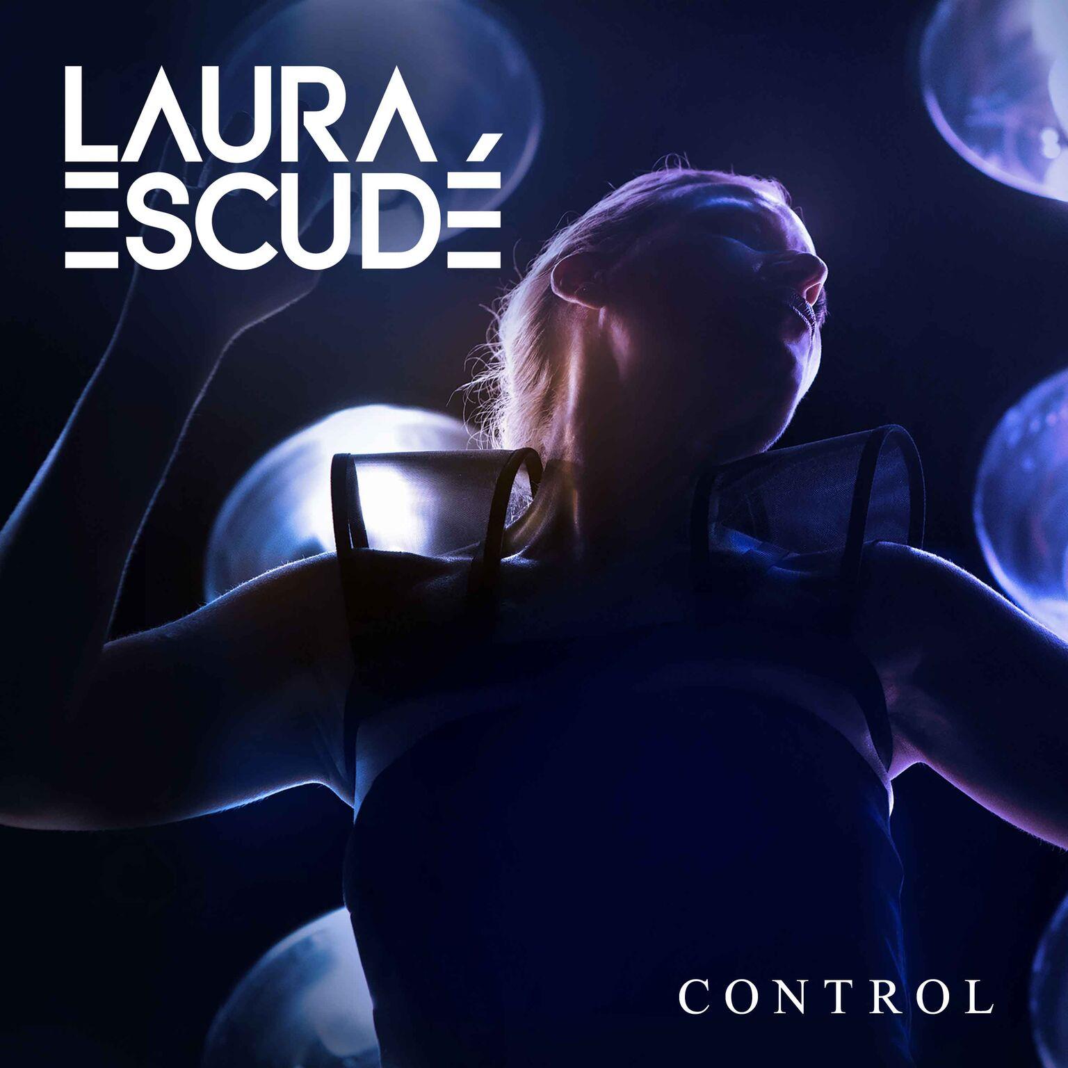laura-escude-control.jpg