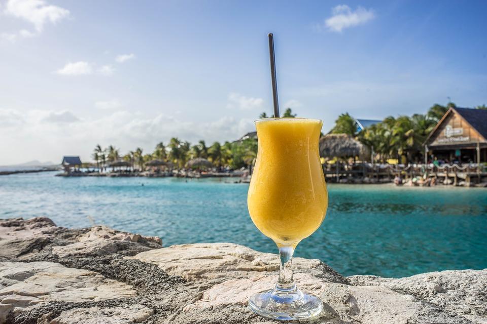 Lakeside Drink.jpg