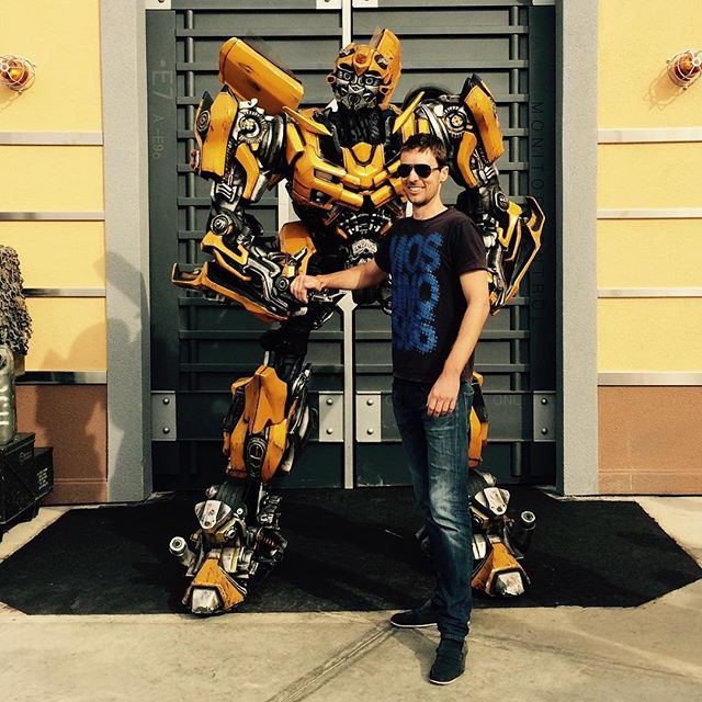A couple of years back. The day I met Bumblebee 📸 #universalstudios