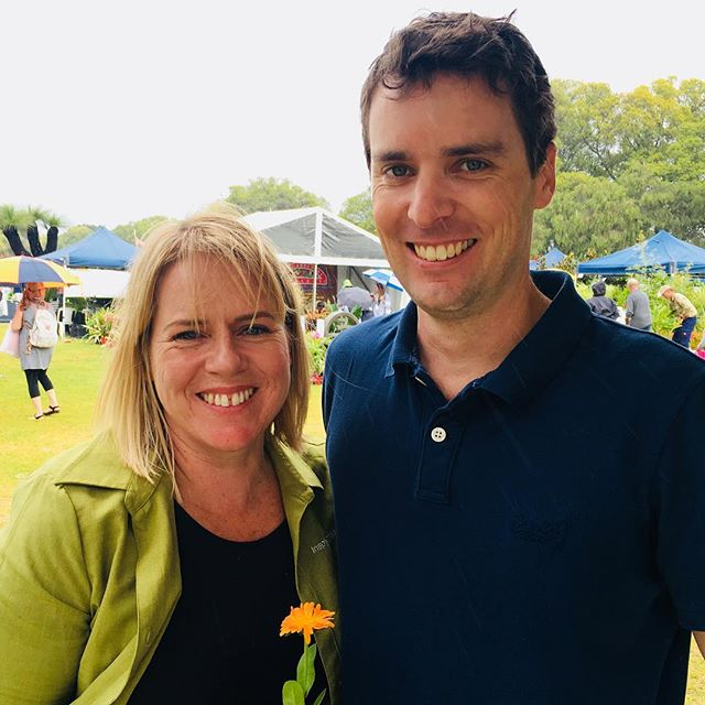 Opening day at the 2018 @perthgardenfestival 🌿 Great turnout despite the weather 🌧 Loved filming @lisapassmore and her edible gardening tips #perthvideo